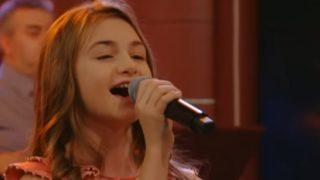 Вижте каква Българска песен запя Крисия