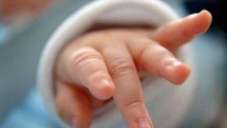 Вижте история на жена която спася живота на изхвърлено бебе, случва се и нещо друго