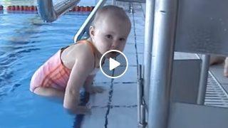 Бебе което плува като истински шампион, вижте го как се гмурка