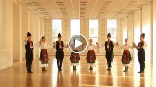 Вижте това Прекрасно Българско Хоро!