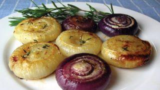 Всеки който яде печен лук е добре да знае тази рецепта която помага при болести