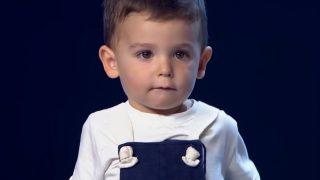 Това 2 годишно дете изненада всички с големият си Талант – Вижте го